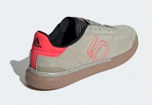 FIVE TEN Sleuth DLX Sesame / Shock Red / Gum M2 Shoes