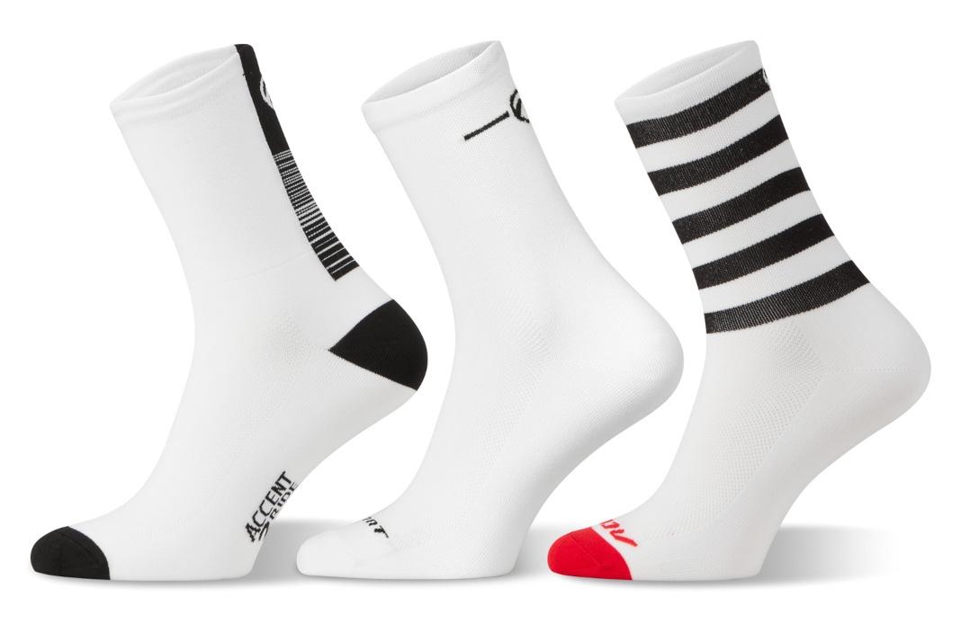 Accent White Long Socks Set